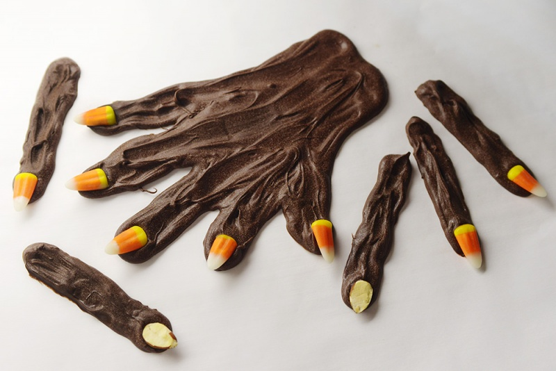 chocolate fingers for Halloween