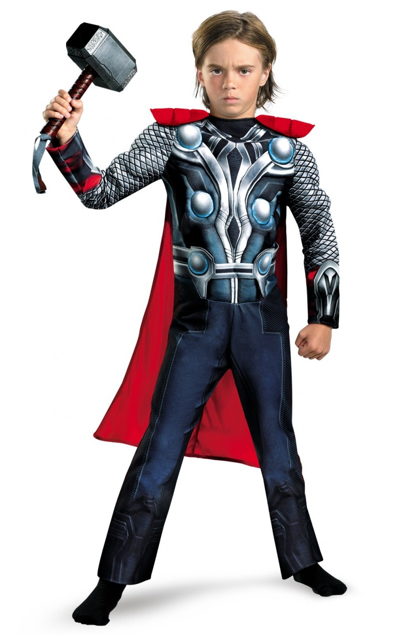 Boy wearing Thor movie Halloween costume