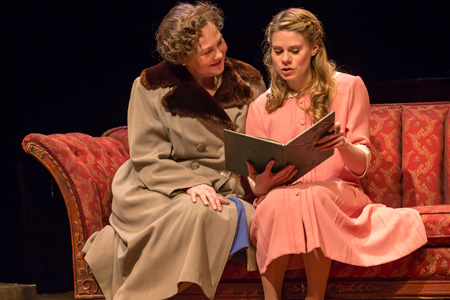 Cherry Jones and Celia Kennan-Bolger in The Glass Menagerie