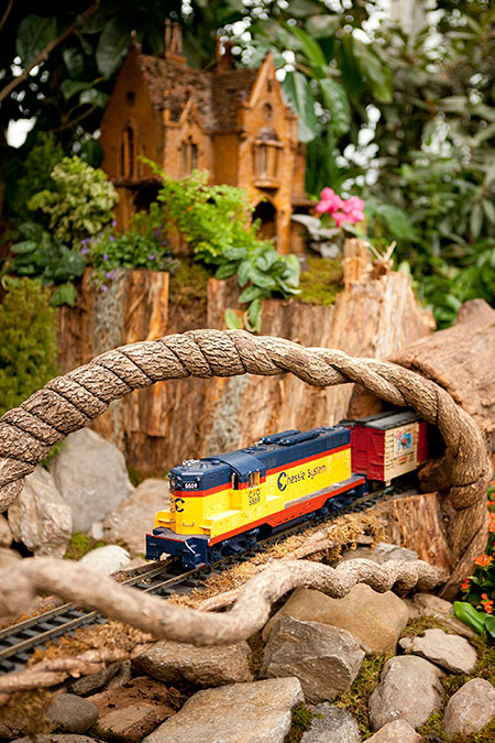 The Holiday Train Show At The Ny Botanical Garden