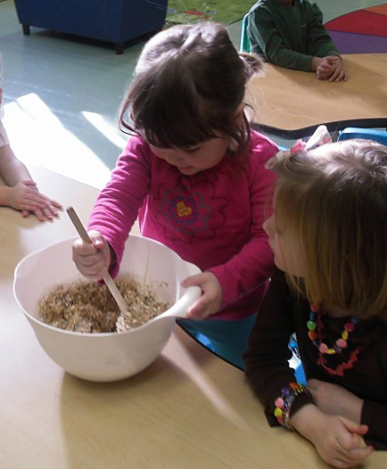 preschool children baking
