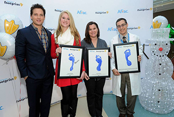 Peter Facinelli Presents Aflac Duckprints Awards