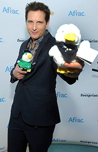 peter facinelli with aflac duck