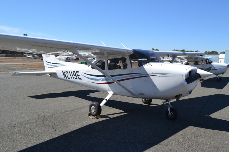 cessna plane at mid island air services