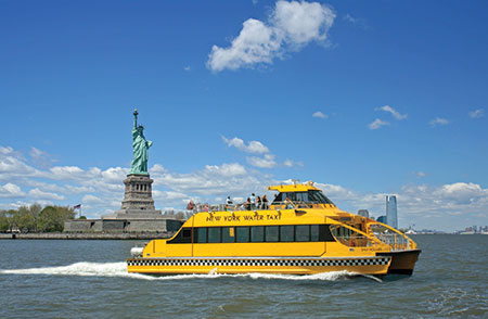 New York Water Taxi tours of the Statue of Liberty