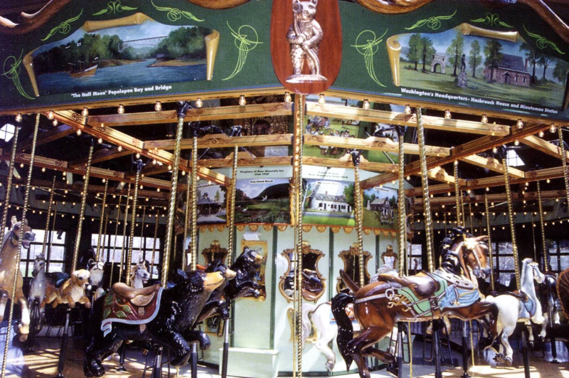 bear mountain carousel