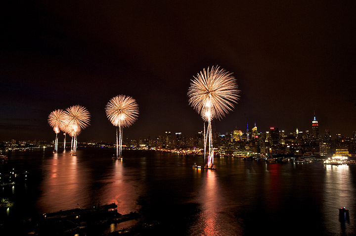 fourth of july fireworks nyc
