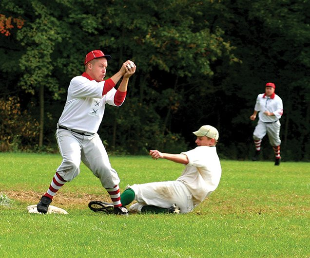 old-fashioned baseball game