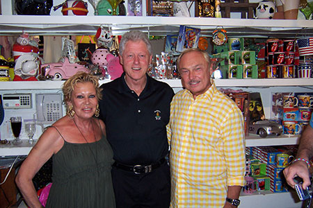 Bill Clinton with Serendipity 3's Stephen Bruce