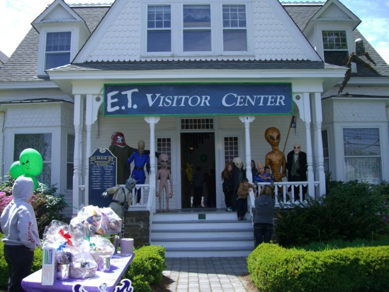 et visitor center pine bush ny