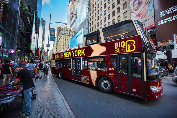 Big Bus New York departs Times Square